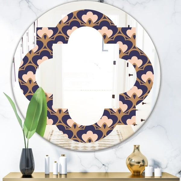 Designart 'Retro Ornamental Design IX' Cottage Round or Oval Wall Mirror - Quatrefoil