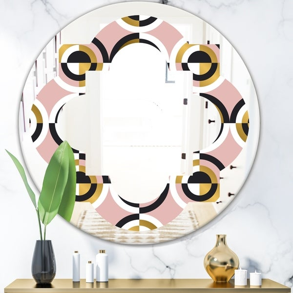 Designart 'Abstract Geometric Circular Retro I' Modern Round or Oval Wall Mirror - Quatrefoil