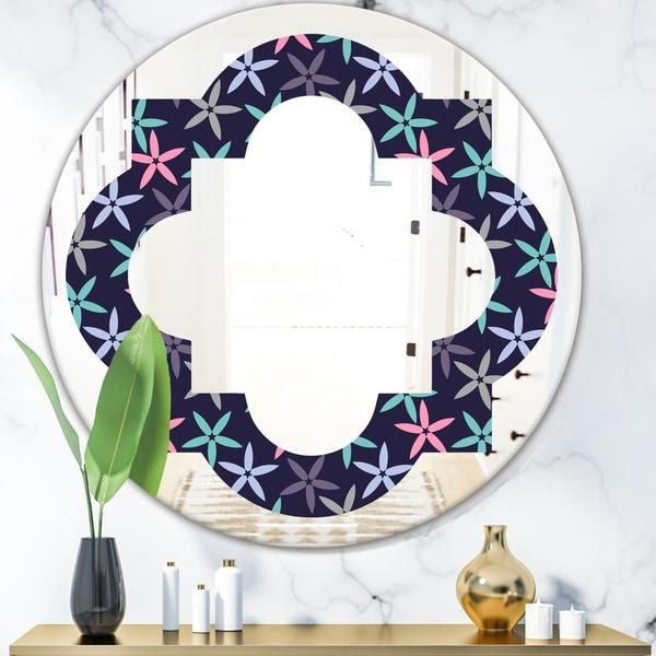 Designart 'Retro Abstract Flower Design V' Modern Round or Oval Wall Mirror - Quatrefoil