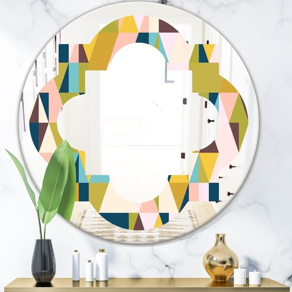 Designart 'Triangular Retro Design I' Modern Round or Oval Wall Mirror - Quatrefoil - Multi