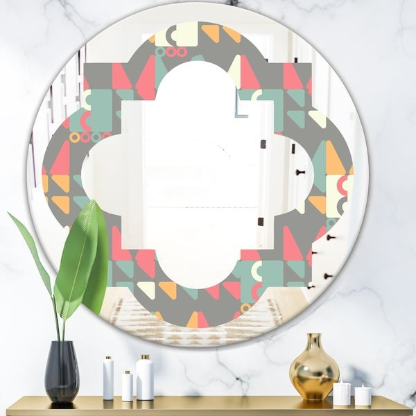 Designart 'Retro Abstract Design V' Modern Round or Oval Wall Mirror - Quatrefoil