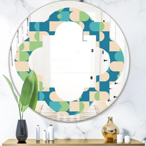 Designart 'Retro Abstract Pattern I' Modern Round or Oval Wall Mirror - Quatrefoil