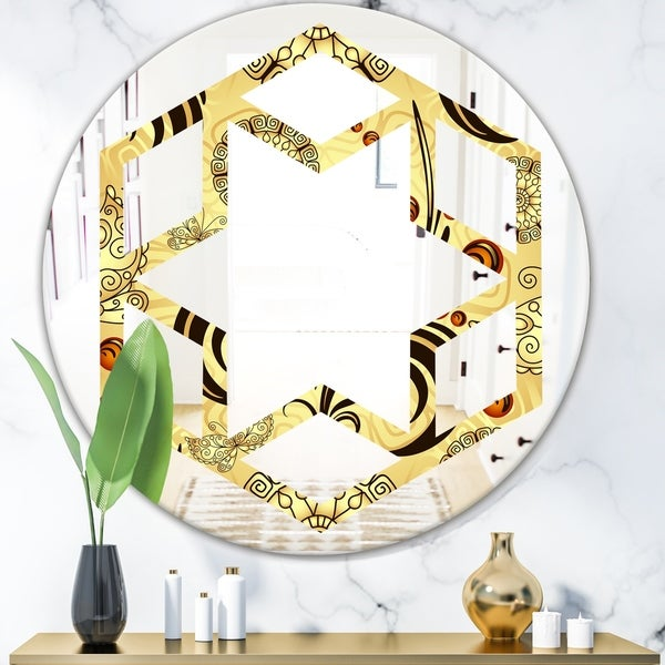 Designart 'Golden Luxury Pattern I' Modern Round or Oval Wall Mirror - Hexagon Star
