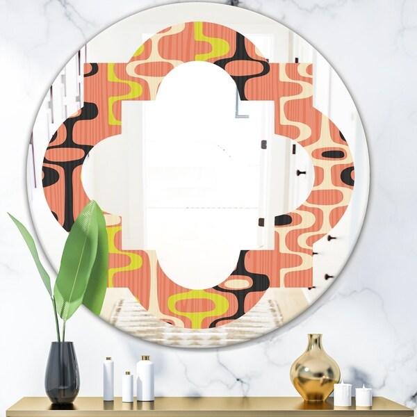 Designart 'Retro Abstract Design XIII' Modern Round or Oval Wall Mirror - Quatrefoil