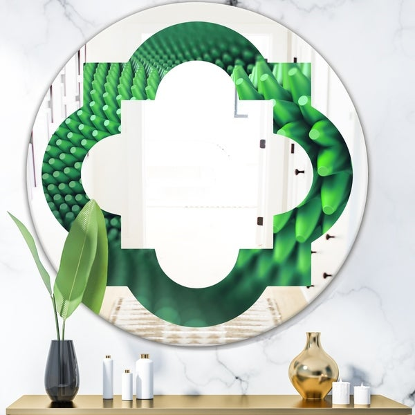 Designart 'Abstract 3D Spiny Background' Modern Round or Oval Wall Mirror - Quatrefoil - Multi