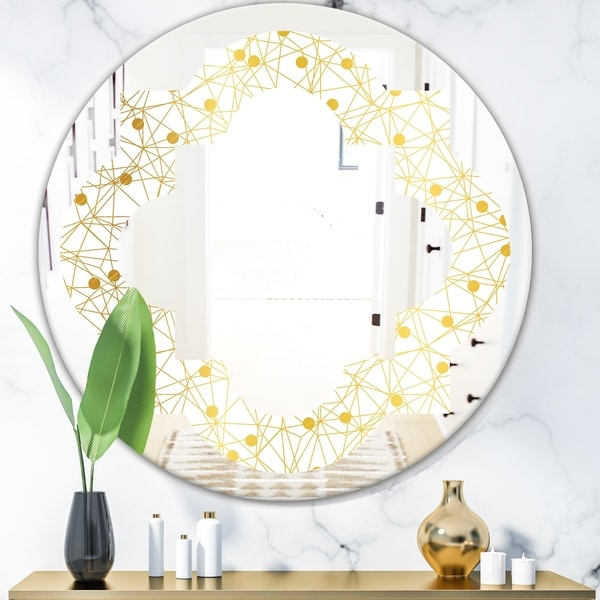 Designart 'Golden Maze II' Modern Round or Oval Wall Mirror - Quatrefoil