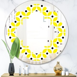 Designart 'Retro Geometric Design I' Modern Round or Oval Wall Mirror - Quatrefoil
