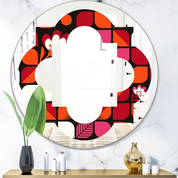Designart 'Geometric Retro Flower Design I' Modern Round or Oval Wall Mirror - Quatrefoil