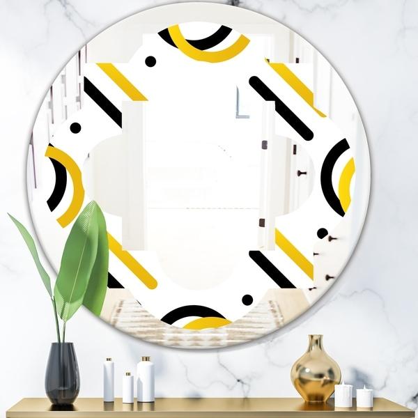 Designart 'Trendy Black and Gold Triangular Pattern I' Modern Round or Oval Wall Mirror - Quatrefoil