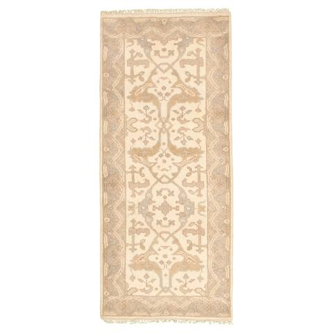 Hand-knotted Royal Ushak Cream Wool Rug