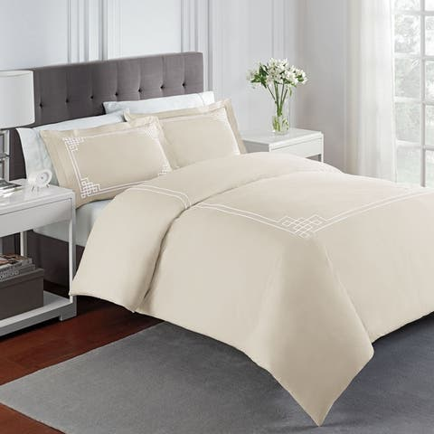 Porch & Den Sandhill Solid Percale Embroidered Comforter Set