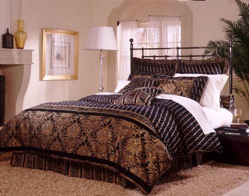 Diamonte 9- or 11-piece Deluxe King Comforter Set (Open Box)