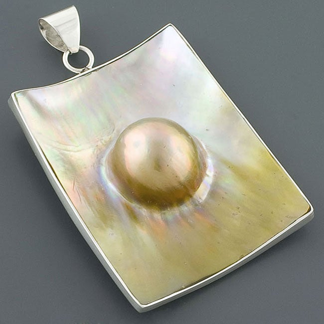 Sterling Silver Blister Pearl Pendant (11 mm) (Indonesia)