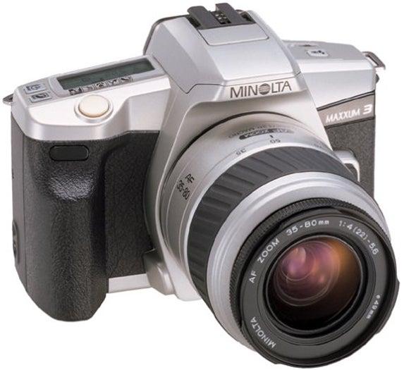 Minolta Maxxum 3 Date SLR Camera with 35-80 II Lens Zoom Kit ...