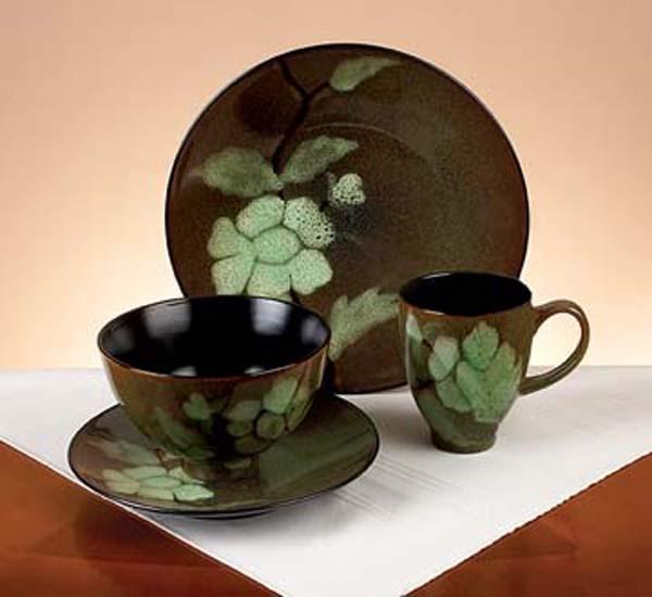 Green Shadows 16-piece Dinnerware Set - Thumbnail 1