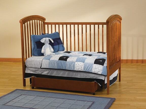 Aspen 4-in-1 Convertible Crib with Mobile - Thumbnail 1