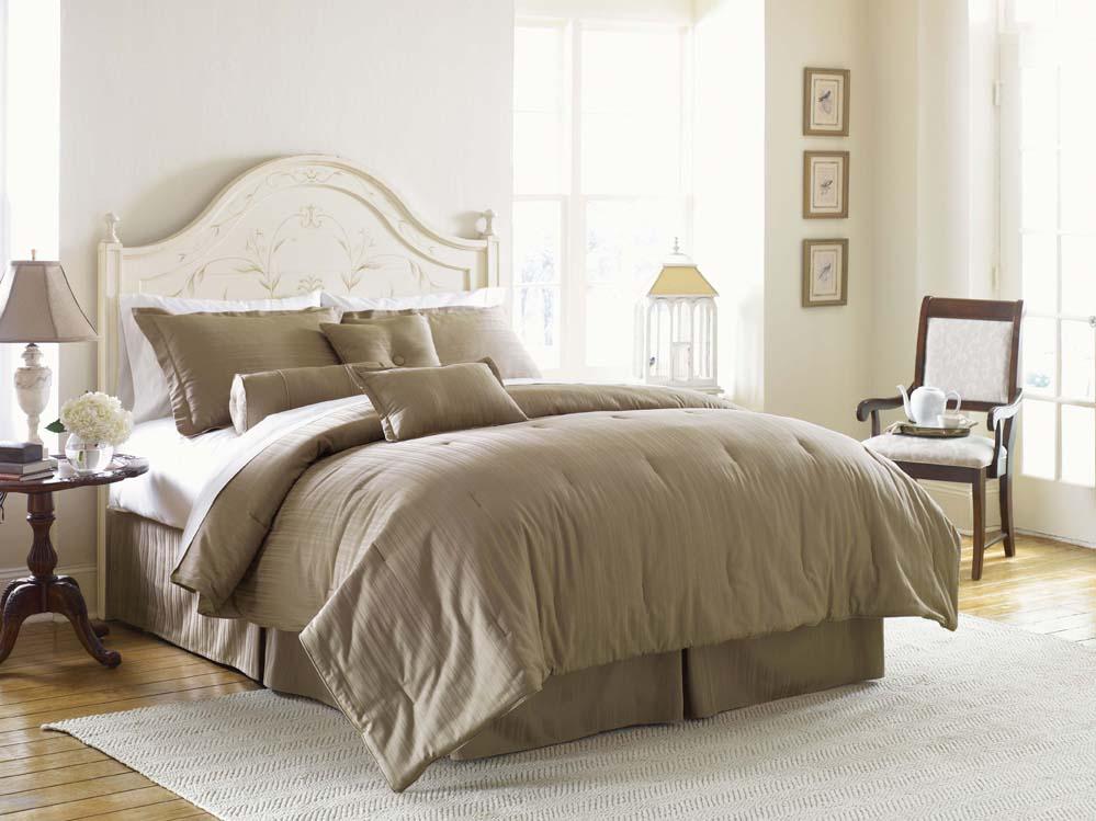 Cotton 300 Thread Count 7-piece Comforter Set - Thumbnail 1