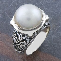 Handmade Sterling Silver Freshwater Pearl 'Motif' Ring (11 mm) (Indonesia)