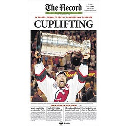 Scott Stevens Bergen 'Cup Lifting' Reprint Poster - Thumbnail 0
