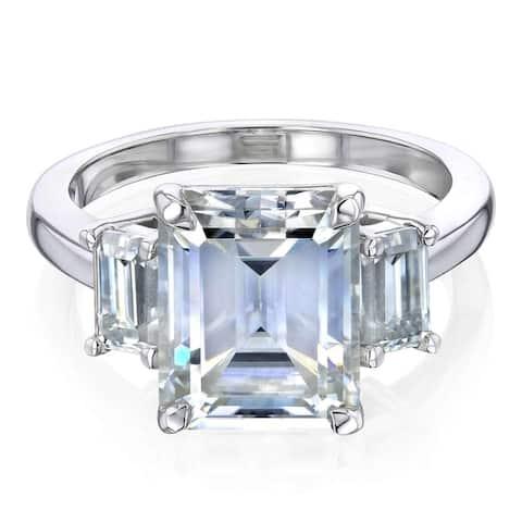 Annello by Kobelli 14k Gold 4.1 Carat TGW Three Stone Emerald-cut Moissanite Engagement Ring (FG/VS)