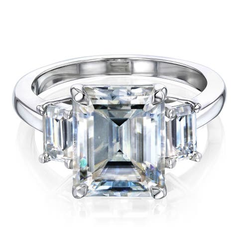 Annello by Kobelli 14k Gold 4.1 Carat TGW Three Stone Emerald-cut Forever One Moissanite Engagement Ring (DEF/VS).