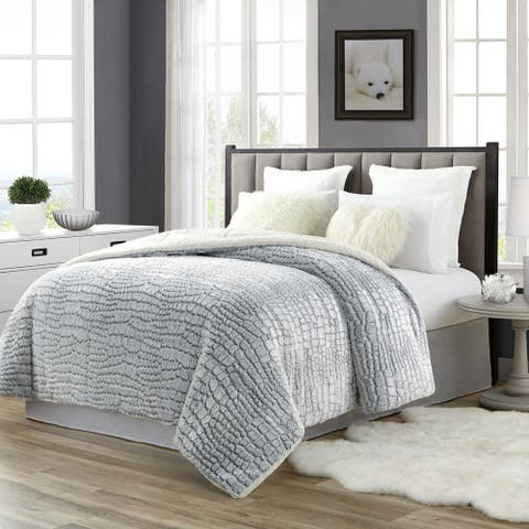 Tahari 3D Carved Pv Bottom Dye Comforter Reverse to Sherpa