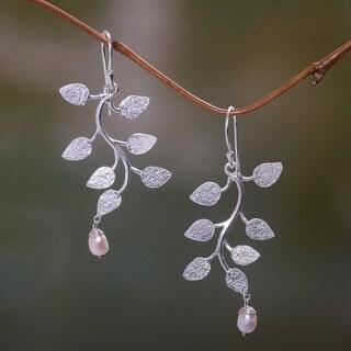 'White Forest' Handmade Pearl Earrings (Indonesia)