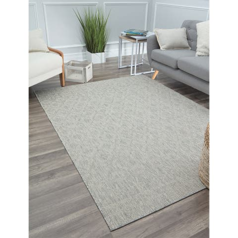 CosmoLiving by Cosmopolitand Indoor/Outdoor Veranda Clout Chaser Area Rug