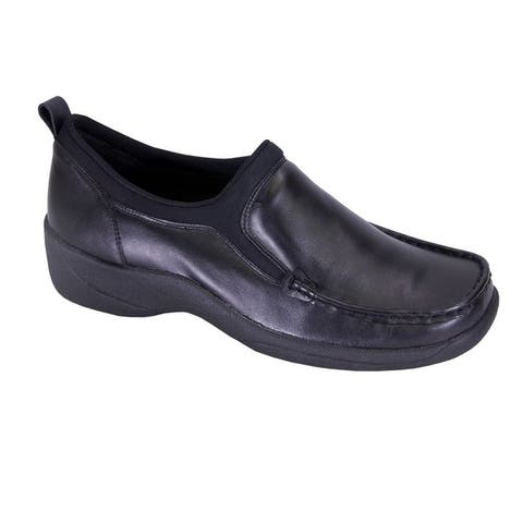 24 HOUR COMFORT Lora Extra Wide Width Moccasin Design Leather Loafers