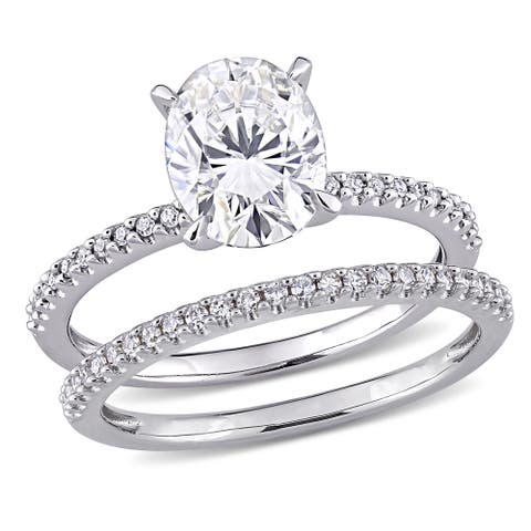 Moissanite by Miadora 14k White Gold 2ct TGW Oval-Cut Moissanite and 1/4ct TDW Diamond Bridal Set