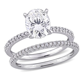 Link to Moissanite by Miadora 14k White Gold 2ct TGW Oval-Cut Moissanite and 1/4ct TDW Diamond Bridal Set Similar Items in Rings