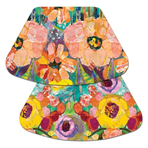 Porch & Den Spirea Blossom Pattern Reversible Wedge Shaped Placemat (Set of 4)