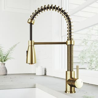 Single-Hole Single-Handle Brant Pull-Down Sprayer Kitchen Faucet in Matte Brushed Gold