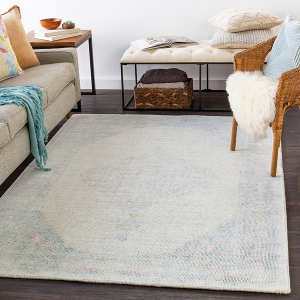 Michelle Handmade Wool Medallion Area Rug