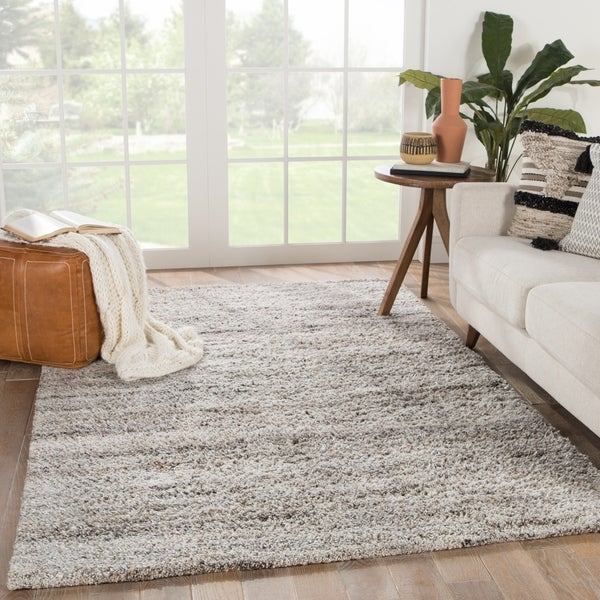 Carson Carrington Tannsele Hand-Knotted Solid Area Rug