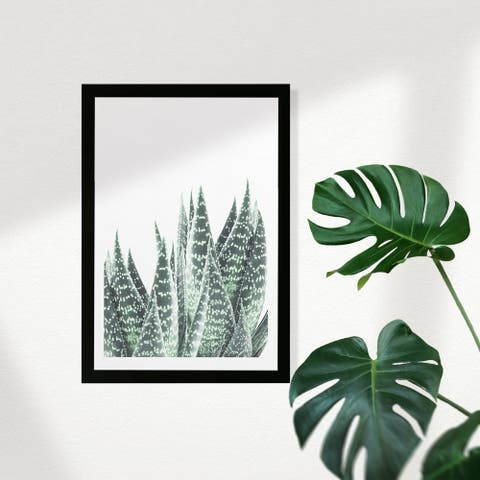 Wynwood Studio Floral and Botanical Framed Wall Art Prints 'Plant I' Botanicals Home Décor - Green, White - 13 x 19