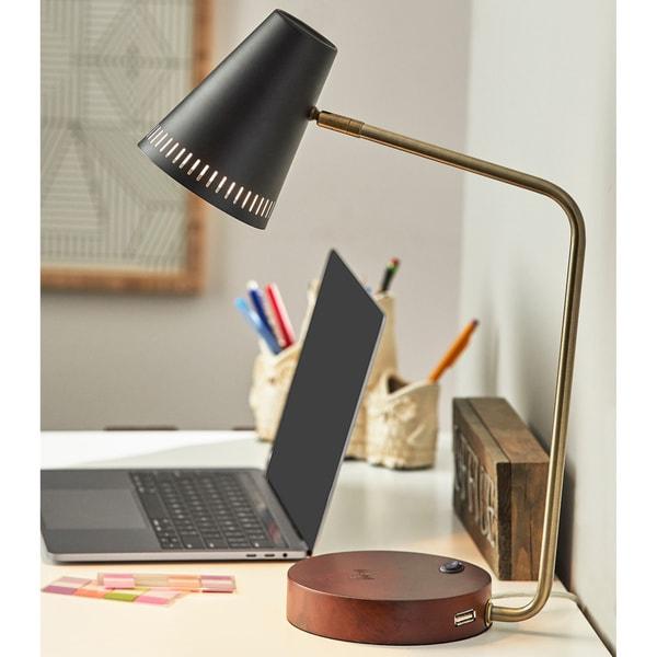 Carson Carrington Pardixgard Wireless Charging Desk Lamp