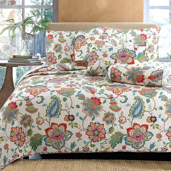 Spring Floral Reversible 3-Piece Quilt Set