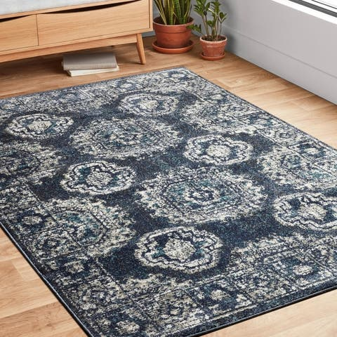 Alexander Home Bellagio Kaleidoscope Distressed Traditional Rug