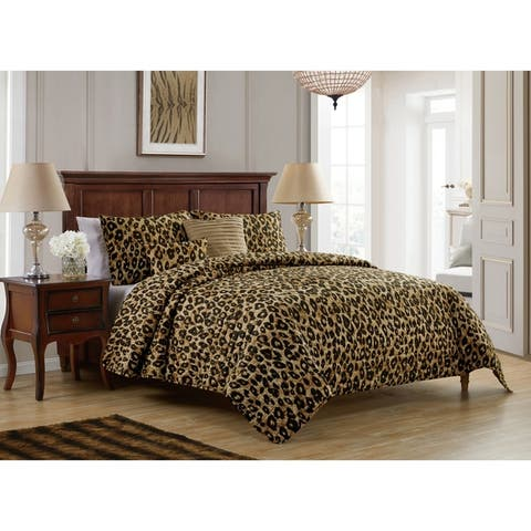 VCNY Home Cheetah Reversible Quilt Set