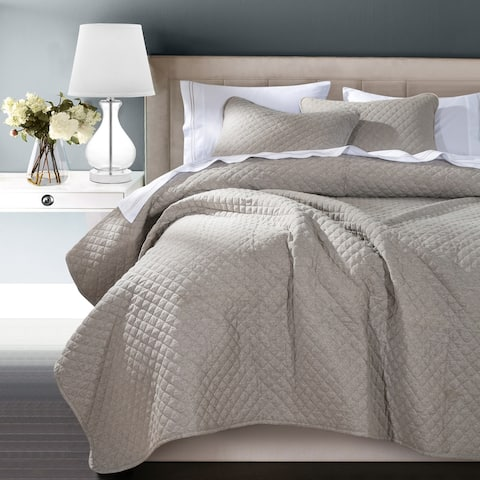 HiEnd Accents Anna Coverlet, Super King Taupe