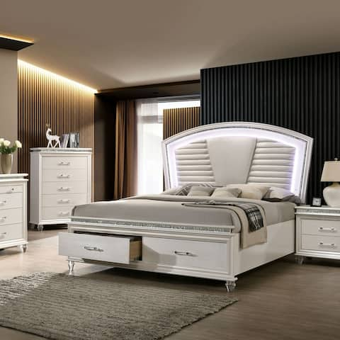 Furniture of America Xian Transitional White 2-piece Bed and Chest Set