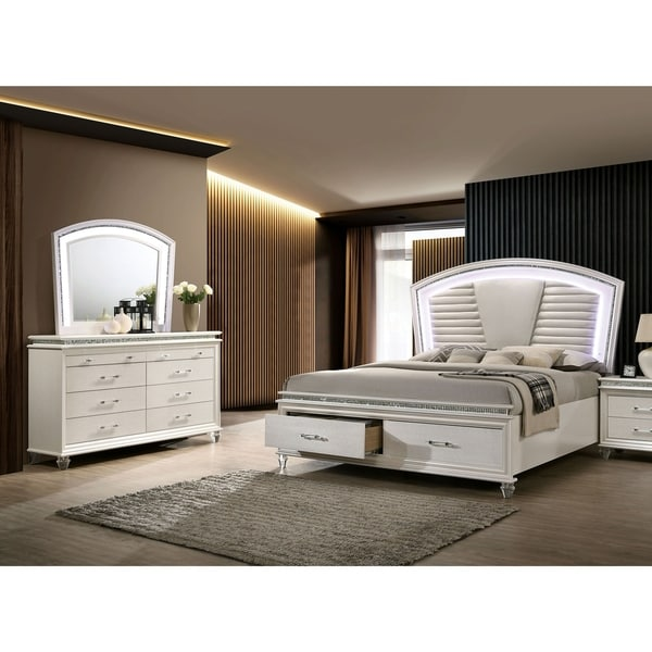 Furniture of America Xian White 2-piece Bed and Dresser Set