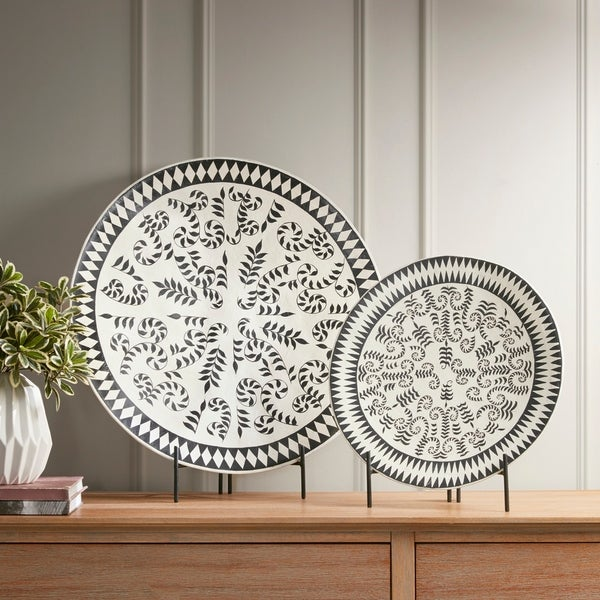 Madison Park Adel Gray Wash Ecomix Platter With Stand