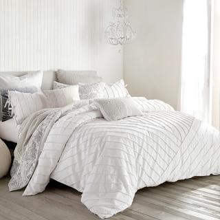 Link to Carson Carrington Parkijaure Tufted Loop 3-piece Cotton Comforter Set Similar Items in Comforter Sets