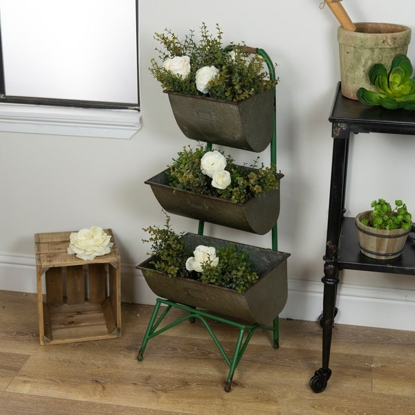 Metal 3-tiered planter