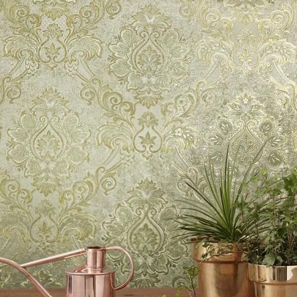 Vintage Victorian Textured Damask Pattern Ivory Gold Metallic