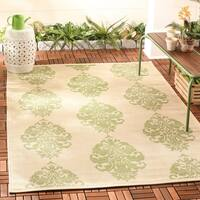 "Safavieh St. Martin Damask Natural/ Olive Green Indoor/ Outdoor Rug - 5'-3"" x 7'-7"""