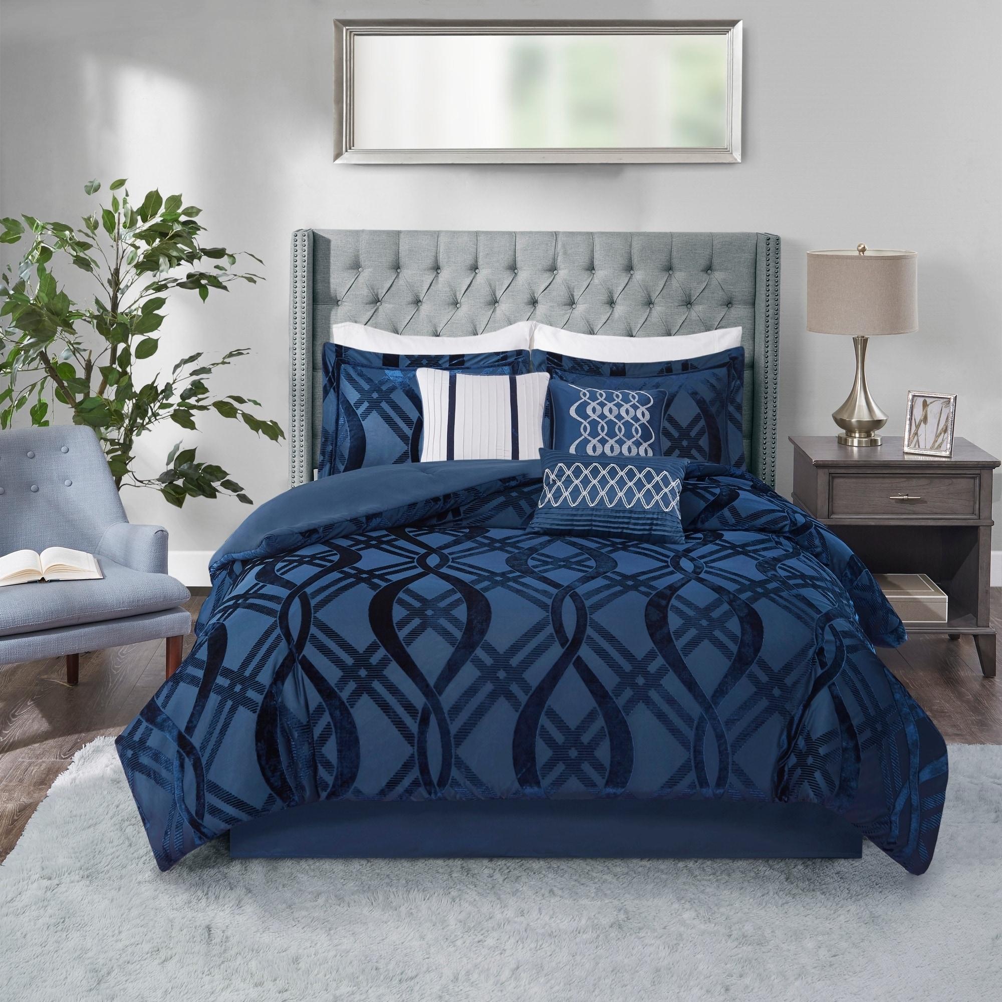 Shop Black Friday Deals On Madison Park Elise Navy 7 Piece Velvet Comforter Set Overstock 30566638