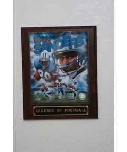 Barry Sanders Collectible Plaque|https://ak1.ostkcdn.com/images/products/3057083/3/Barry-Sanders-Collectible-Plaque-P11198054.jpg?impolicy=medium